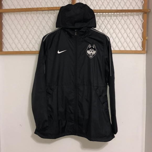 NIKE Womens UCONN Rain Jacket – Black